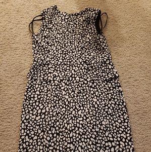 Ann Taylor petite. Beautiful dress size 4p